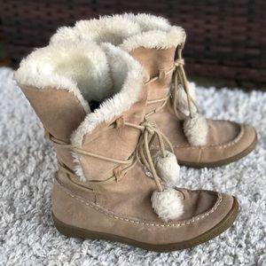 Airwalk Suede Tan Faux Fur Lined Lace Up Boots EUC